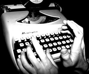 Diez balazos acerca del oficio de escribir