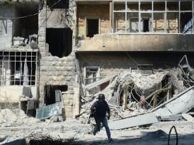 Una reportera freelance en el infierno sirio rompe el mito del 'gran reportaje'