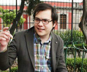 Escribir con los puños cerrados y sonriendo: entrevista a Gabriel Rodríguez Liceaga