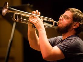 La expresión jazzística al límite: Una entrevista con Nate Wooley