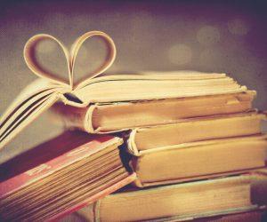 ¿Qué libro regalarías el día del amor? Los escritores responden